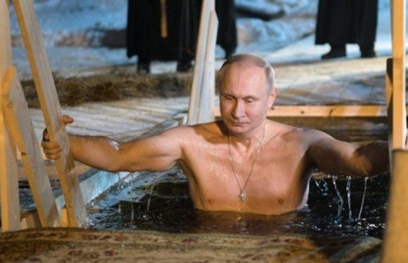 Крещенское купание Путина в проруби и подборка торсов президента