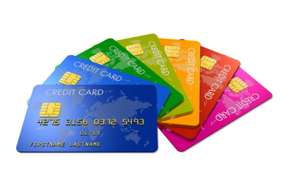 В январе 2018 года население взяло в 3 раза больше кредитных карт. Чем это грозит, и что должен знать каждый владелец ластиковой кредитки