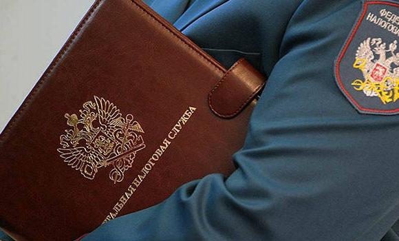 ФНС разъяснила гражданам, какие из поступающих на карточку денег должны облагаться налогом, а какие нет