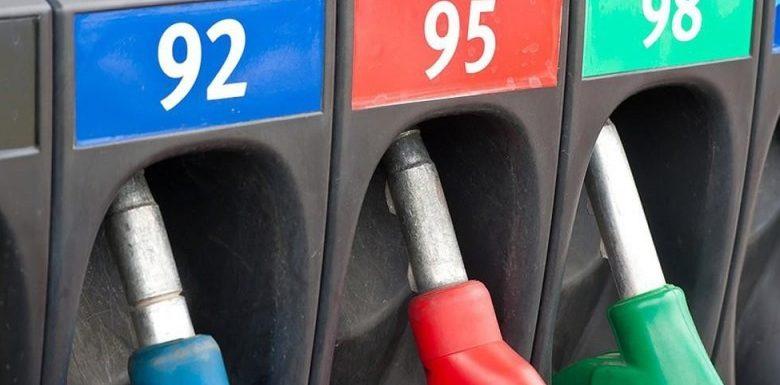 Бензин и дизель советуют покупать впрок. Ждут очередного повышения стоимости топлива