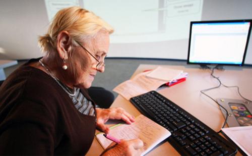 Пожилым нашли работу после повышения пенсионного возраста