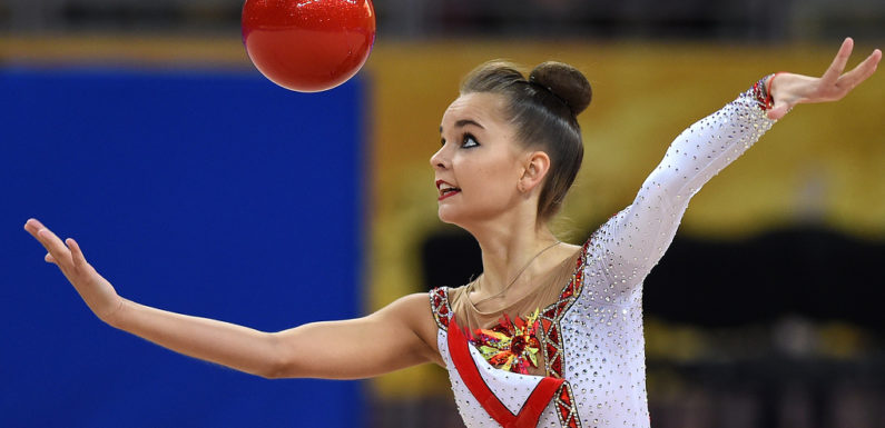 Дина Аверина завоевала золото ЧМ по художественной гимнастике