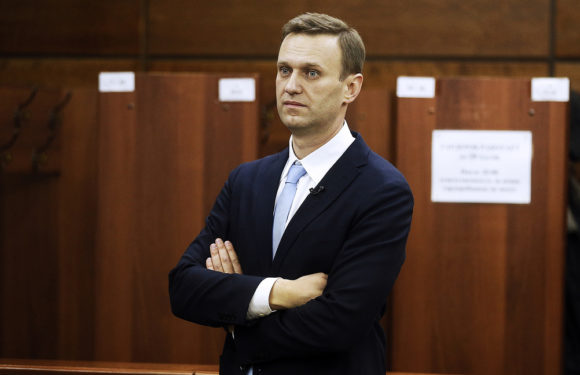 Навальный-Золотов. Смотреть ответ видео