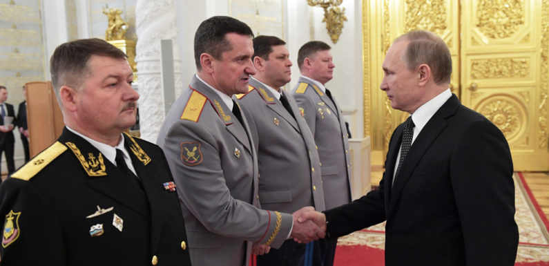 Путин заявил про индексацию пенсий военным пенсионерам на 6,3%