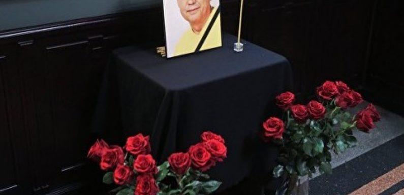 Прощание с Николаем Караченцовым. Похороны. Прямая трансляция