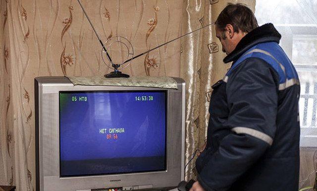 Минкомсвязь призвала граждан до января сменить аналоговые телевизоры на цифровые